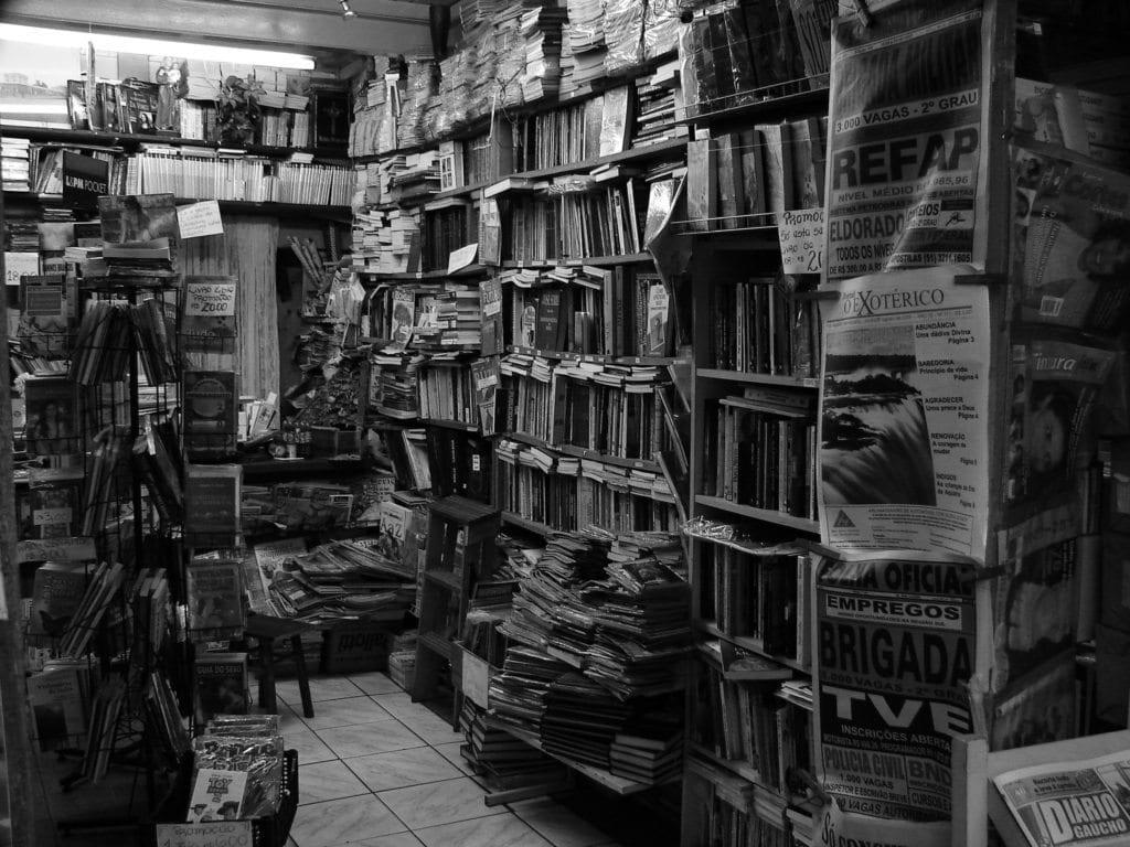 old-books-1561523