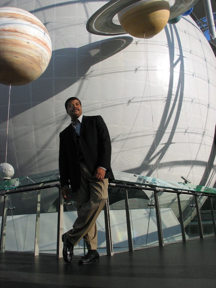 "Shown: Neil deGrasse Tyson, astrophysicist and director of the American Museum of Natural History's Rose Center and Hayden Planetarium, hosts NOVA's four-part miniseries ""Origins,"" airing September 28 & 29 on PBS. Credit: Daniel Deitch 2004"
