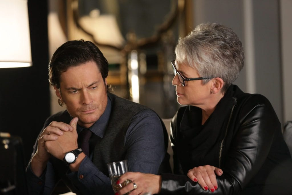 "SCREAM QUEENS: L-R: Oliver Hudson and Jamie Lee Curtis in the ""Thanksgiving"" episode of SCREAM QUEENS airing Tuesday, Nov. 24 (9:00-10:00 PM ET/PT) on FOX. ©2015 Fox Broadcasting Co. Cr: Patti Perret/FOX."