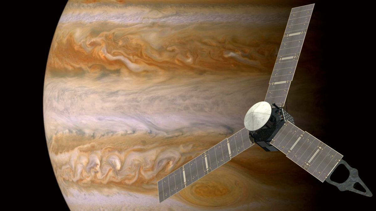 Juno Probe Enters Orbit