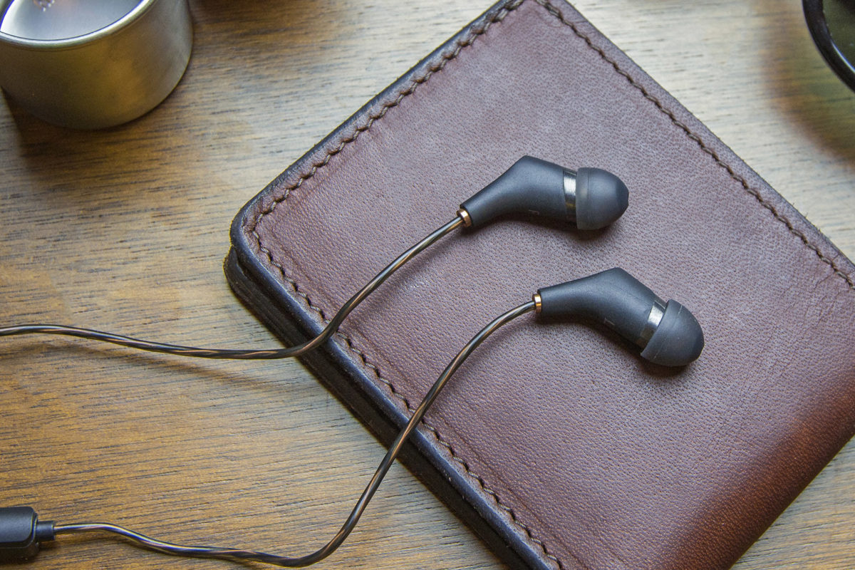 Headphones Review: The Klipsch X6i and the Klipsch AW-49