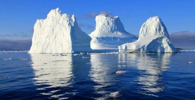 Trillion Ton Iceberg Breaks off of Antartica Ice Shelf