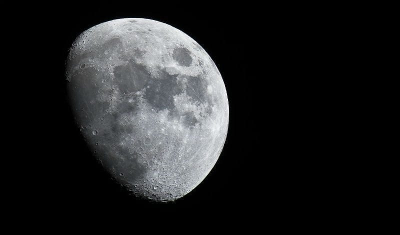 New Study Finds Evidence of Extractable Water on The Moon