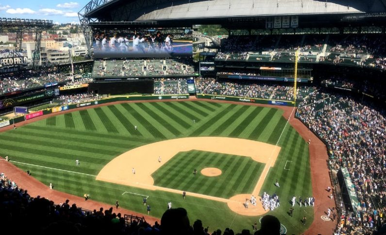 Video: The Seattle Mariners Make History with LED Lit Field