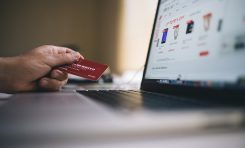 3 Ways Ecommerce Sites Can Improve Customer Retention