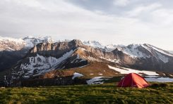 3 Cold Weather Camping Essentials for Your Next Adventure
