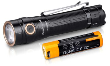 Product Review: Fenix LD30 Flashlight - 1600 Lumens