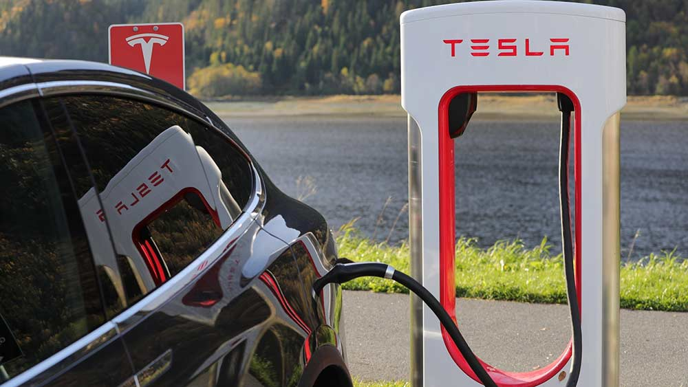 Tesla Buys $1.5 Billion in Bitcoin; Will Accept Payments