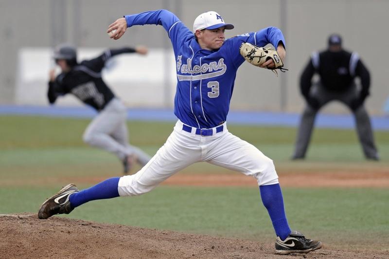 baseball-glove-sport-field-game-male-767329-pxhere.com